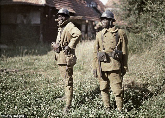Two Senegalese soldiers serving in the French Army as infantrymen, in June 1917. They were part of the Tirailleurs Sénégalais and from the Bambara, a Mandé ethnic group in West Africa