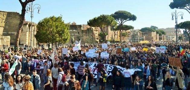 How coronavirus makes us rethink youth protests - Thousands of youth gather in Rome on Friday, Mar. 15, 2019 to join the climate strike. Credit: Maged Srour/IPS