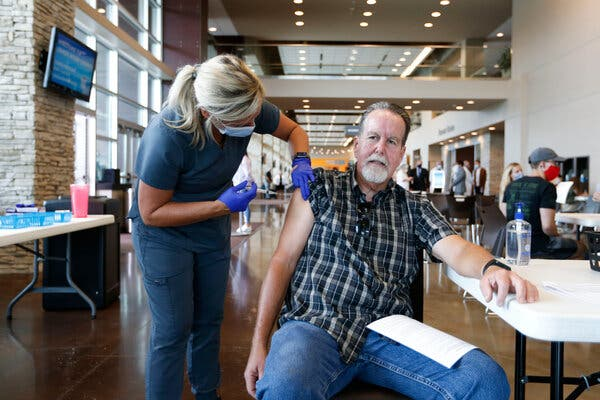 Dennis Shaffer getting a Covid-19 vaccination at a clinic in Springfield, Mo., on Monday. The vaccines have been found effective against the Delta variant.
